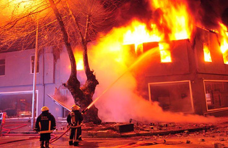 Lənkəran və Ağstafada evlər yandı